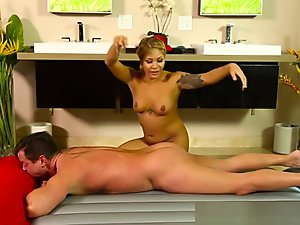 Oriental Masseuse Jizzed